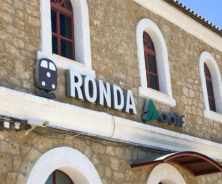 sign for Ronda train station