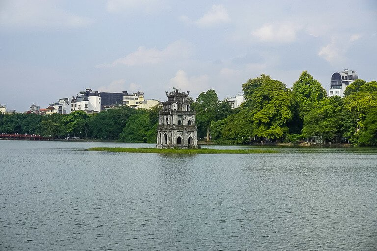 2 days is enough time to spend in hanoi around Hoan Kiem lake