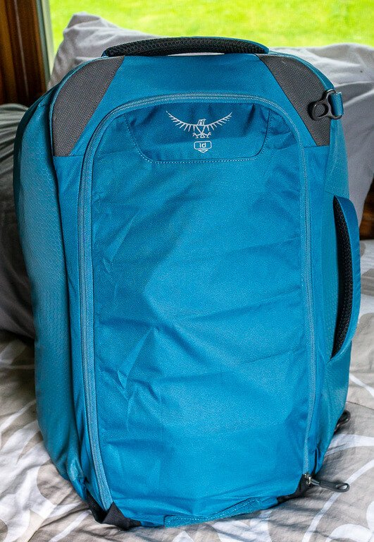 Sky blue osprey Farpoint 40 back zipped up for duffel version