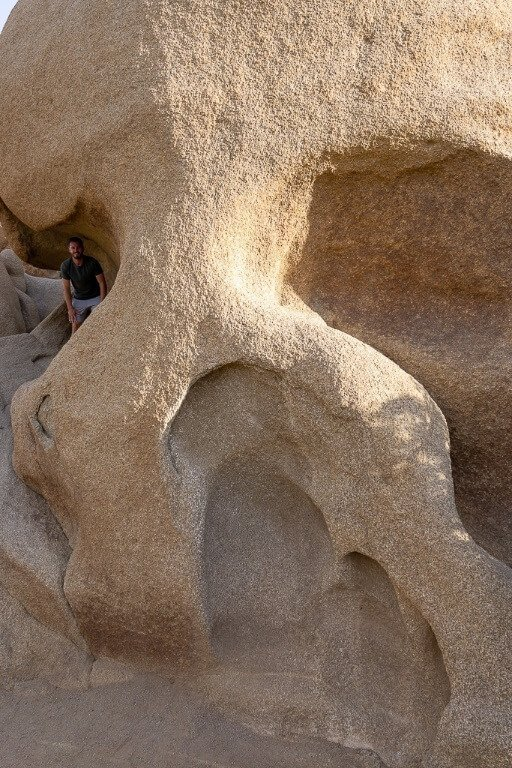 Skull rock Joshua Tree day trip and mark inside the eye socket