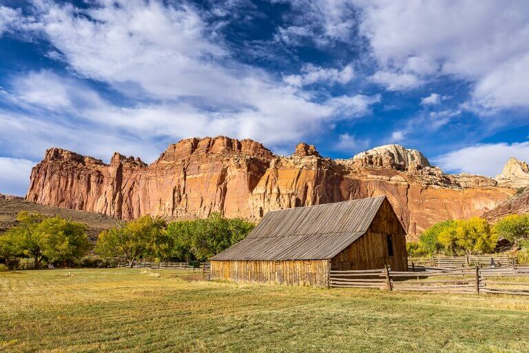 Fruita Barn Capitol Reef National Park photogenic barn with orange rocks behind